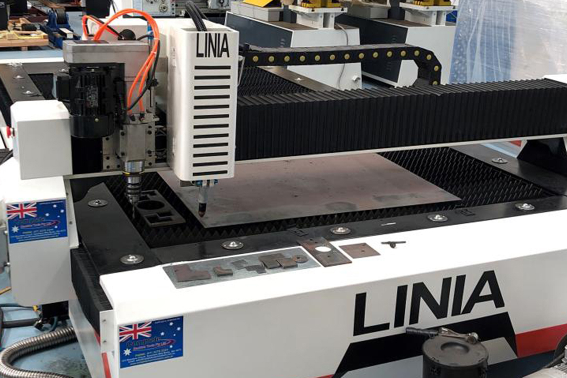 Linia CNC Economical Plasma Cutting Machines With Drilling Head